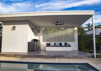 como-lockhart-street-pool-alfresco-outdoor-kitchen-bathroom
